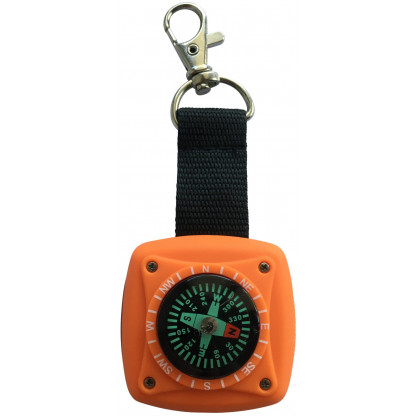 5018 4 1 scaled The three-in-one compass torch is a great navigation device for your explorers