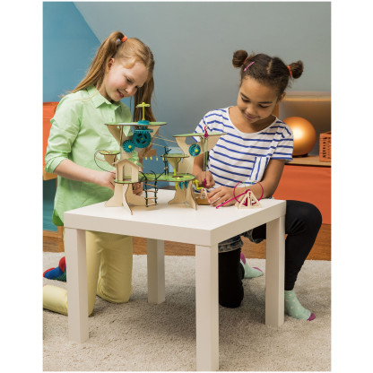 "626020 3 <p class=""p1"">Pepper Mint Treehouse Engineering Adventure kit includes materials to build the treehouse, to do the engineering projects and a full-colour instruction manual.</p>"