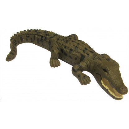 75460 Hand painted replica of a saltwater crocodile. This figurine is 14.5 cm long with information an hang tag. <b></b>
