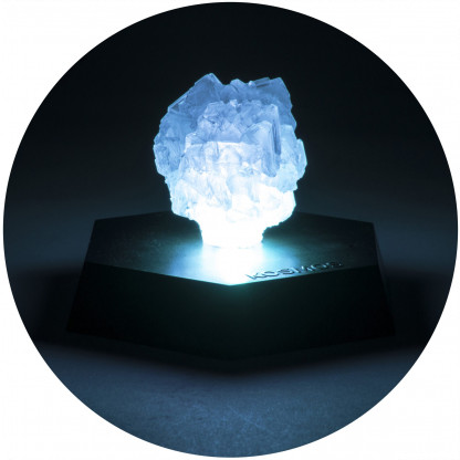 Glowing crystal nightlight