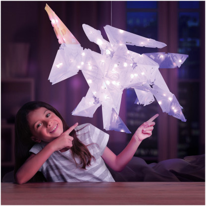 888005 2 <strong>Sparkle Unicorn and Friends</strong> includes 140 Creatto pieces, a string of 80 LED lights, and assembly instructions to build a unicorn, bunny, polar bear, and ballerina, but the possibilities are limited only by your imagination! What will you create?